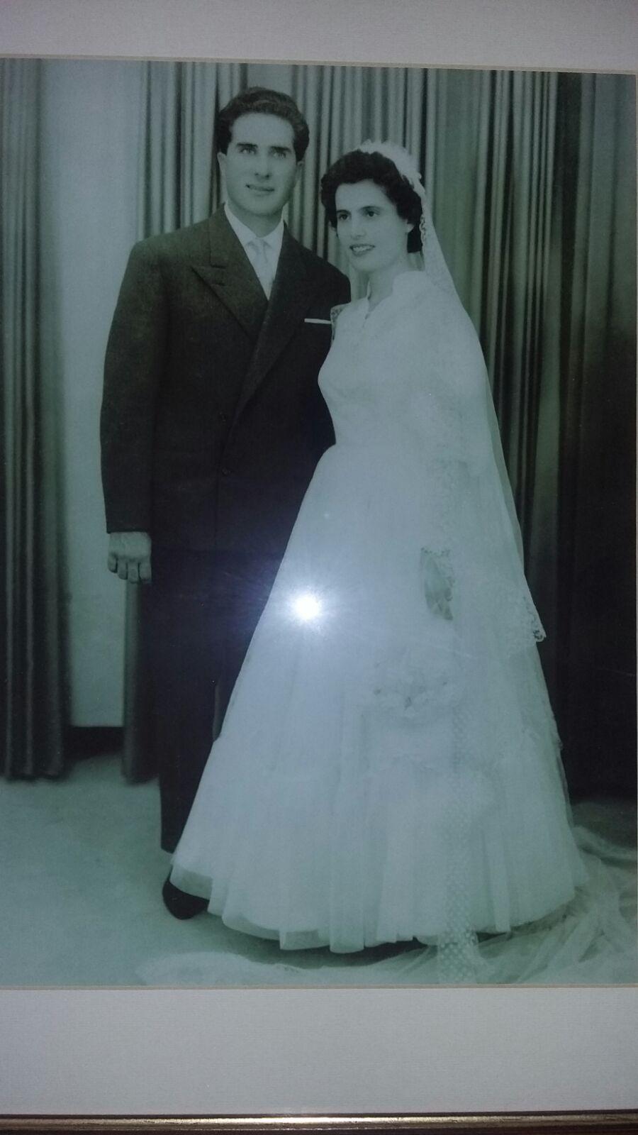 https://www.ragusanews.com//immagini_articoli/08-09-2016/1473330993-1-sessant-anni-di-matrimonio-per-pietro-e-vincenza.jpg