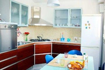 https://www.ragusanews.com//immagini_articoli/08-09-2018/1536410269-attico-affitto-donnalucata-1-240.jpg