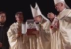 https://www.ragusanews.com//immagini_articoli/08-09-2019/il-cardinale-di-manila-a-pozzallo-segno-di-la-pira-100.png