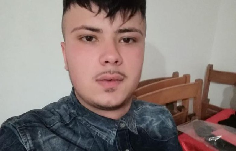https://www.ragusanews.com//immagini_articoli/08-09-2019/scooter-suv-muore-giuseppe-ferlito-21-anni-cameriere-500.jpg