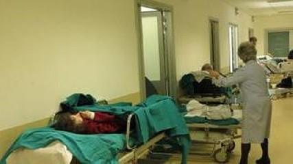 https://www.ragusanews.com//immagini_articoli/08-09-2020/ospedale-covid-a-ragusa-rischio-patatrac-240.jpg