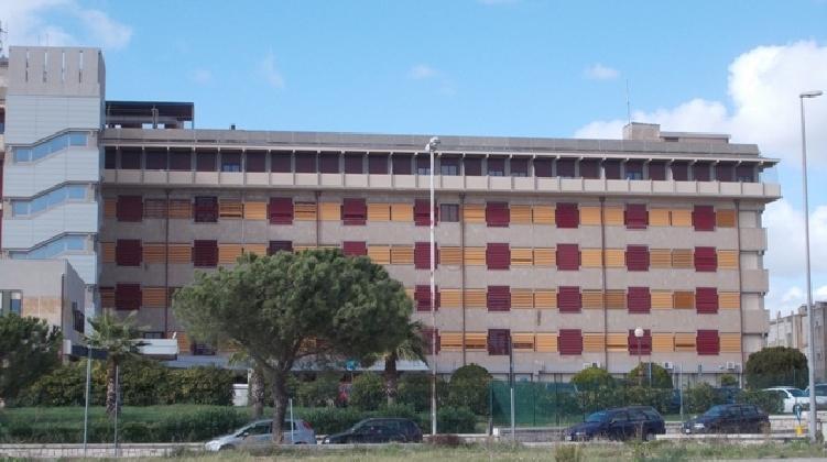 https://www.ragusanews.com//immagini_articoli/08-10-2016/gli-ospedali-di-modica-e-vittoria-non-saranno-depotenziati-lo-dice-arico-420.jpg