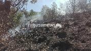 https://www.ragusanews.com//immagini_articoli/08-10-2017/grave-incendio-contrada-canicarao-100.jpg
