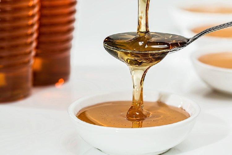 https://www.ragusanews.com//immagini_articoli/08-10-2019/dieta-miele-fa-davvero-dimagrire-500.jpg