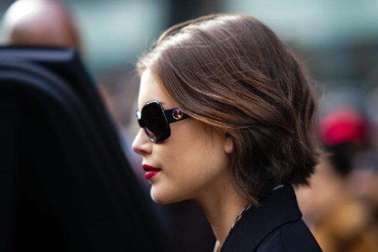 https://www.ragusanews.com//immagini_articoli/08-10-2020/1602168629-diamoci-un-taglio-tagli-capelli-autunno-2020-4-500.jpg