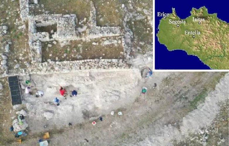 https://www.ragusanews.com//immagini_articoli/08-10-2020/archeologia-scavi-siciliani-restituiscono-storia-del-popolo-degli-elimi-500.jpg