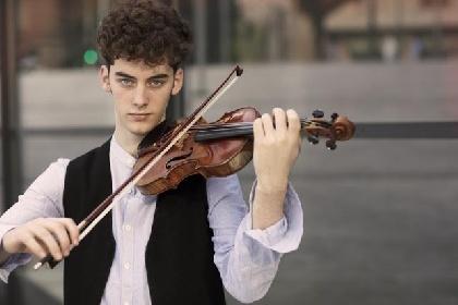 https://www.ragusanews.com//immagini_articoli/08-10-2021/il-violinista-giovan-andrea-zanon-in-concerto-a-ragusa-280.jpg