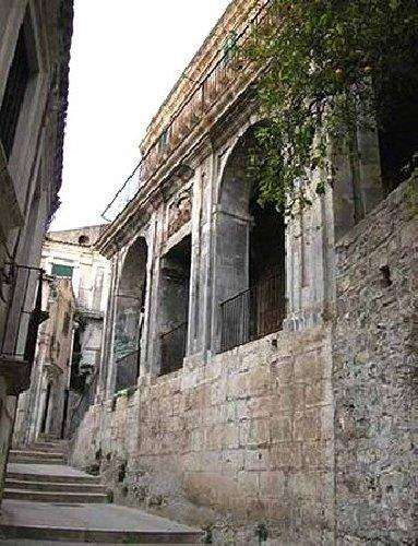 https://www.ragusanews.com//immagini_articoli/08-12-2017/modica-palazzo-leva-aperto-chocomodica-500.jpg