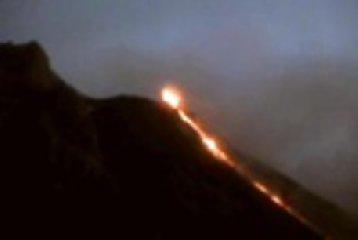 https://www.ragusanews.com//immagini_articoli/08-12-2019/stromboli-attivita-esplosiva-240.jpg