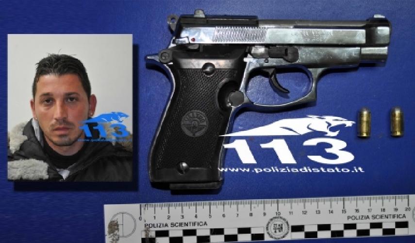 http://www.ragusanews.com//immagini_articoli/09-01-2014/arma-clandestina-e-alterata-arrestato-andrea-di-franco-500.jpg