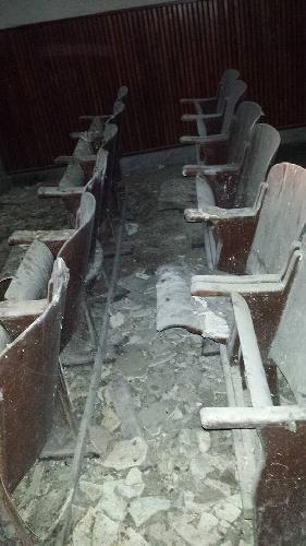 https://www.ragusanews.com//immagini_articoli/09-01-2014/ragusa-il-cinema-marino-cimitero-di-piccioni-500.jpg