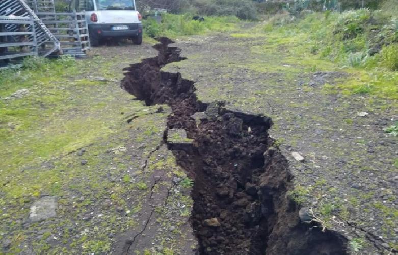 https://www.ragusanews.com//immagini_articoli/09-01-2019/ripartito-sciame-sismico-etna-500.png