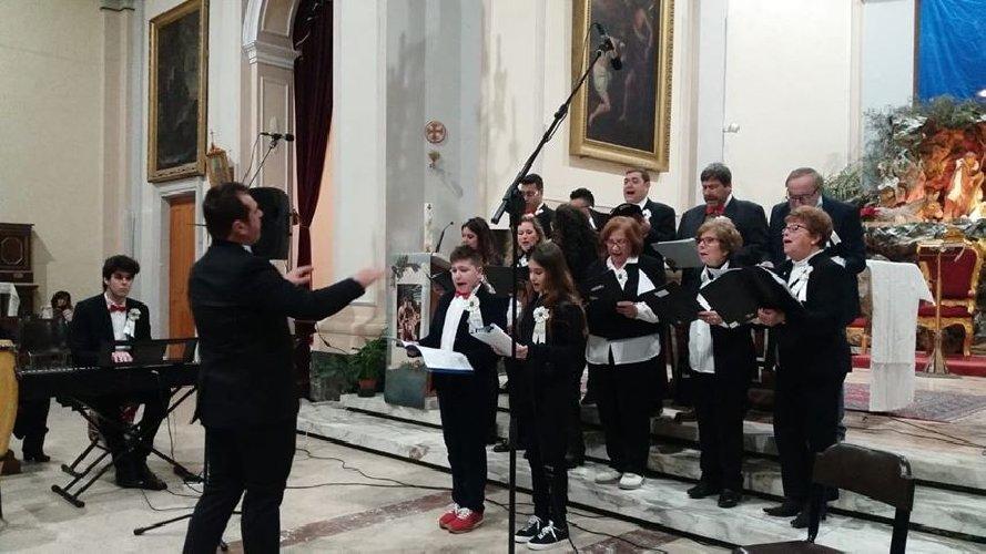 https://www.ragusanews.com//immagini_articoli/09-01-2019/santa-croce-canta-natale-500.jpg