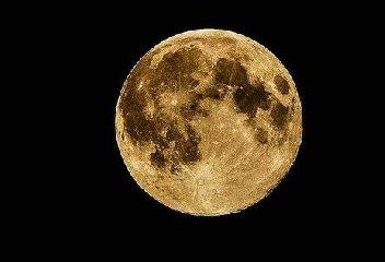 https://www.ragusanews.com//immagini_articoli/09-01-2020/eclissi-di-luna-piena-il-10-gennaio-240.jpg