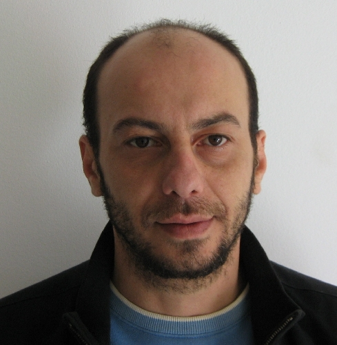 https://www.ragusanews.com//immagini_articoli/09-02-2014/deteneva-hashish-destinato-allo-spaccio-arrestato-francesco-peligra-500.jpg