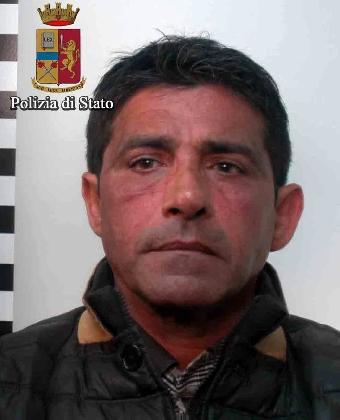 https://www.ragusanews.com//immagini_articoli/09-02-2017/armi-clandestine-arrestato-roberto-paola-420.jpg