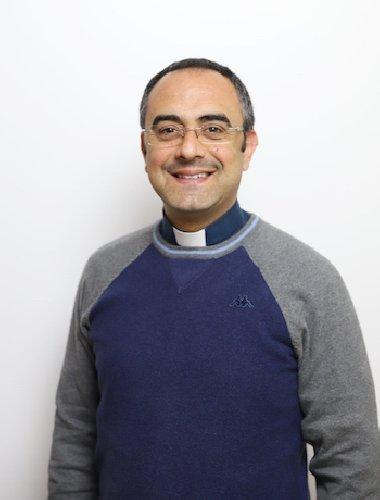 https://www.ragusanews.com//immagini_articoli/09-02-2019/riccardo-bocchierivice-direttore-dellufficio-liturgico-ragusa-500.jpg