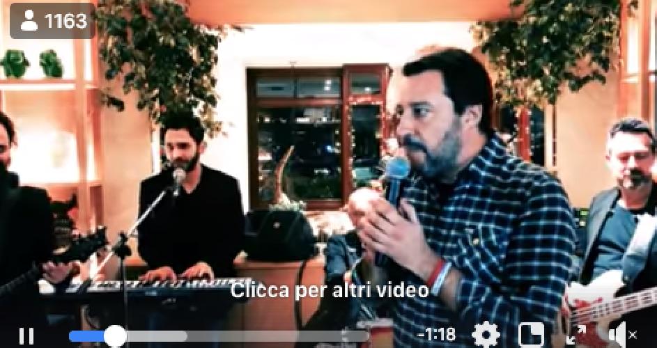 https://www.ragusanews.com//immagini_articoli/09-02-2019/serata-finale-sanremo-matteo-salvini-canta-vagabondo-video-500.png