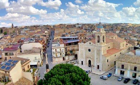 https://www.ragusanews.com//immagini_articoli/09-02-2021/case-a-1-euro-in-sicilia-e-una-moda-i-nuovi-borghi-in-svendita-280.jpg