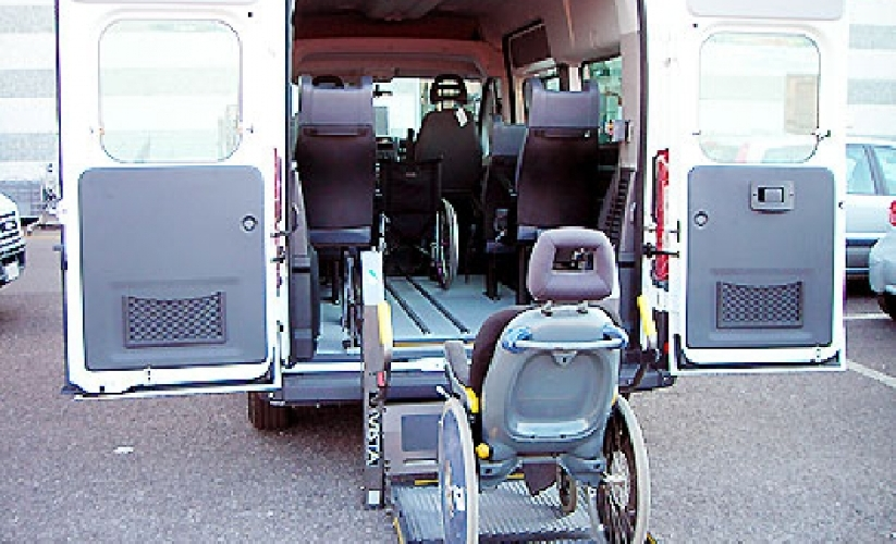 http://www.ragusanews.com//immagini_articoli/09-03-2016/riparte-il-trasporto-alunni-disabili-500.jpg