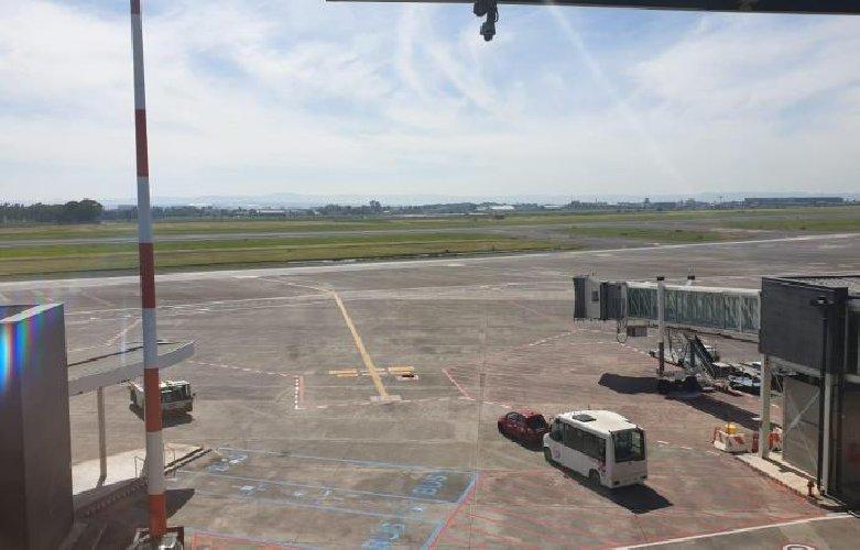 https://www.ragusanews.com//immagini_articoli/09-03-2019/lavori-urgenti-aeroporto-catania-voli-alitalia-cancellati-500.jpg