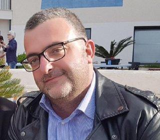 https://www.ragusanews.com//immagini_articoli/09-04-2021/astrazeneca-e-morto-l-avvocato-siciliano-mario-turrisi-45-anni-280.jpg