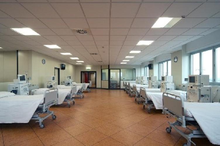 https://www.ragusanews.com//immagini_articoli/09-05-2010/il-nuovo-organigramma-degli-ospedali-iblei-500.jpg