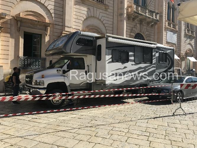 https://www.ragusanews.com//immagini_articoli/09-05-2017/casa-commissario-montalbano-camper-americano-allargabile-500.jpg
