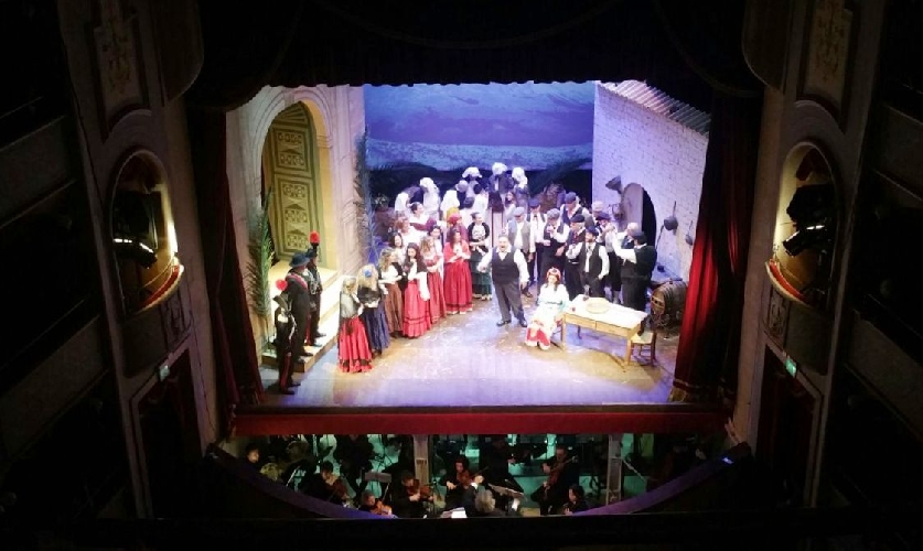 http://www.ragusanews.com//immagini_articoli/09-05-2017/tosca-teatro-garibaldi-500.jpg