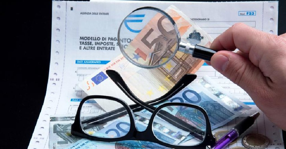 https://www.ragusanews.com//immagini_articoli/09-05-2018/frode-fiscale-sequestrati-milione-euro-imprenditore-vittoriese-500.jpg