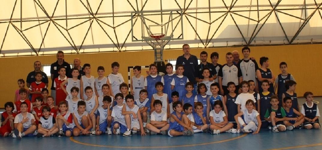 https://www.ragusanews.com//immagini_articoli/09-06-2012/basket-regionale-giovanile-a-scicli-500.jpg