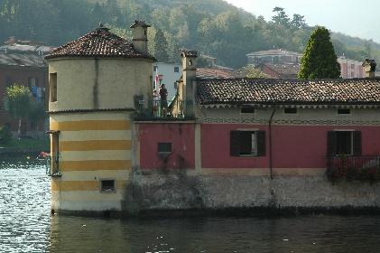 https://www.ragusanews.com//immagini_articoli/09-06-2021/1623246263-vendesi-isola-con-parco-e-torre-il-prezzo-un-affarone-foto-4-280.jpg