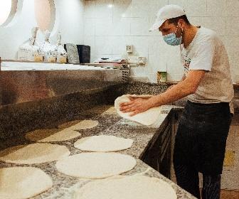 https://www.ragusanews.com//immagini_articoli/09-06-2021/prenotazioni-ristoranti-online-sicilia-prima-in-italia-vincono-le-pizze-280.jpg