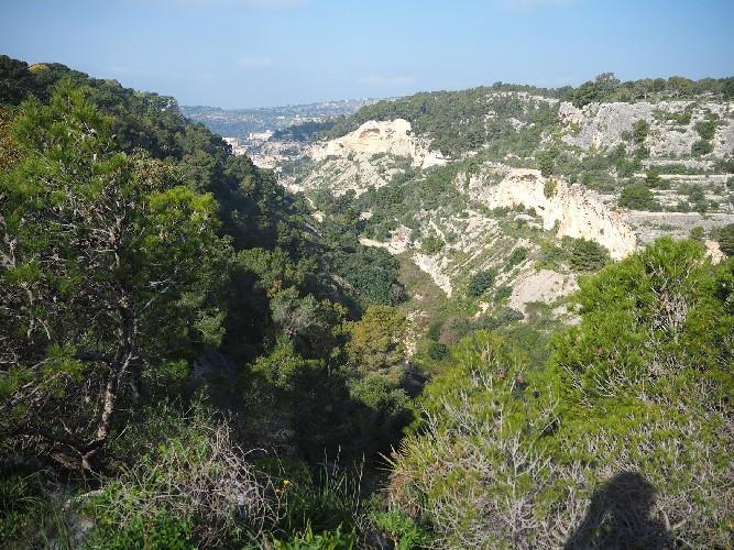 https://www.ragusanews.com//immagini_articoli/09-06-2021/scicli-escursione-per-le-cave-500.jpg
