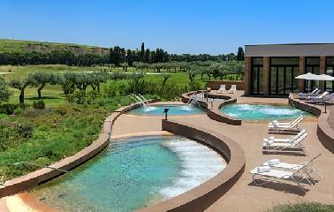https://www.ragusanews.com//immagini_articoli/09-07-2020/8-nuove-ville-al-verdura-resort-240.jpg