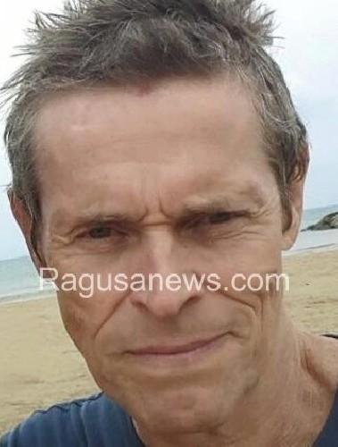 https://www.ragusanews.com//immagini_articoli/09-07-2020/willem-dafoe-star-a-taormina-500.jpg