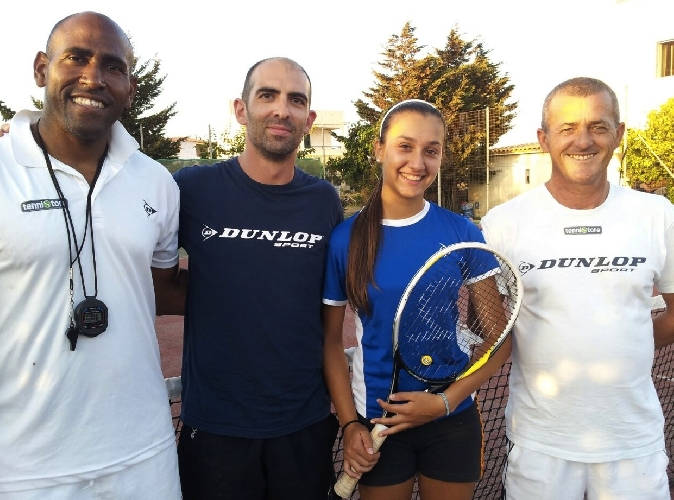 https://www.ragusanews.com//immagini_articoli/09-08-2014/tennis-la-calabria-sorride-a-emilia-occhipinti-500.jpg