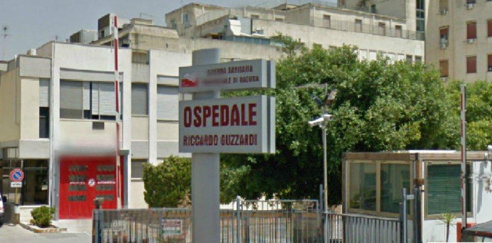 https://www.ragusanews.com//immagini_articoli/09-08-2018/acate-muore-ospedale-sospetta-essere-stato-omicidio-500.jpg