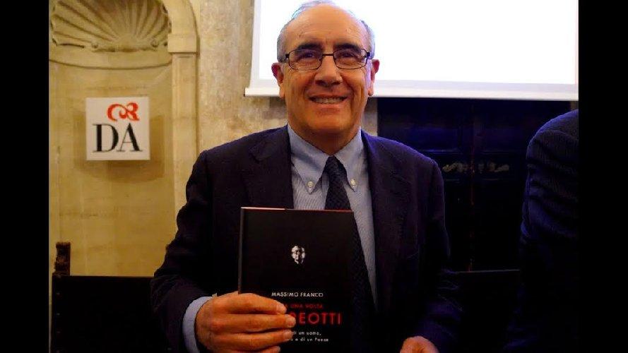 https://www.ragusanews.com//immagini_articoli/09-08-2019/massimo-franco-e-il-suo-andreotti-a-scicli-500.jpg