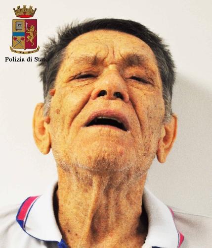 http://www.ragusanews.com//immagini_articoli/09-09-2015/scicli-violenza-sessuale-su-minore-arrestati-video-500.jpg