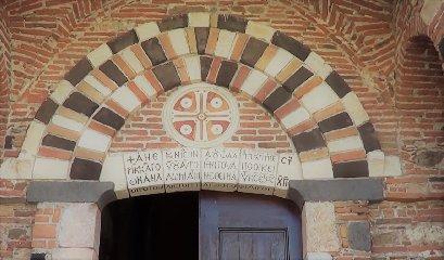 https://www.ragusanews.com//immagini_articoli/09-09-2019/1568042200-taormina-apre-un-centro-culturale-1-240.jpg