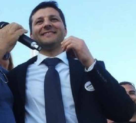 https://www.ragusanews.com//immagini_articoli/09-10-2013/45-mln-di-euro-allospedale-di-ragusa-piccitto-ad-abbate-e-allora-500.jpg