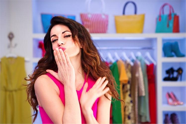 https://www.ragusanews.com//immagini_articoli/09-10-2013/il-boom-di-crescita-per-le-commerce-zalando-500.jpg