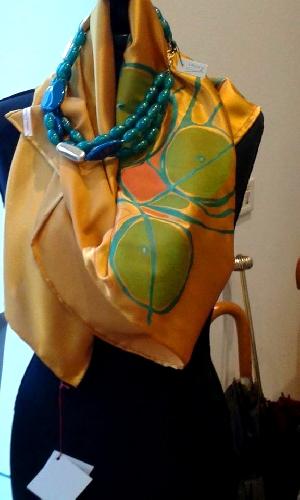 http://www.ragusanews.com//immagini_articoli/09-10-2015/fashion-le-opere-di-valentina-damato-in-mostra-a-jakarta-500.jpg