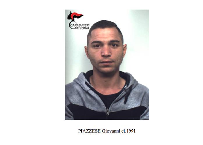 https://www.ragusanews.com//immagini_articoli/09-10-2018/droga-vittoria-arrestato-giovanni-piazzese-500.png