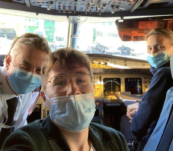 https://www.ragusanews.com//immagini_articoli/09-10-2020/giovane-medico-modicano-presta-soccorso-su-volo-per-catania-500.jpg