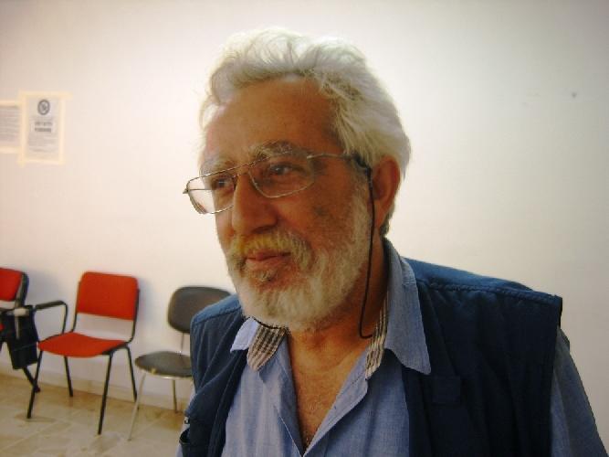 https://www.ragusanews.com//immagini_articoli/09-11-2011/ragusa-precari-asp-firmati-i-contratti-500.jpg