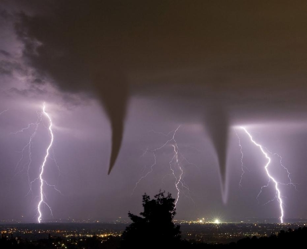 https://www.ragusanews.com//immagini_articoli/09-11-2017/marted-novembre-atteso-ciclone-sicilia-500.jpg