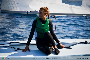 http://www.ragusanews.com//immagini_articoli/09-11-2017/vela-porto-marina-conclusa-regata-nazionale-laser-240.jpg
