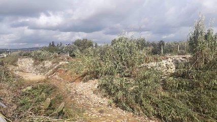 https://www.ragusanews.com//immagini_articoli/09-11-2019/a-ispica-l-autostrada-in-costruzione-fa-danni-240.jpg